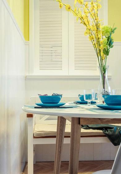 93平三室两厅简易餐桌效果图