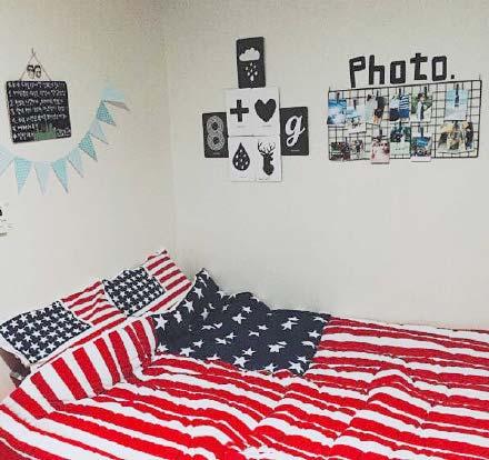 卧室背景布置摆放图