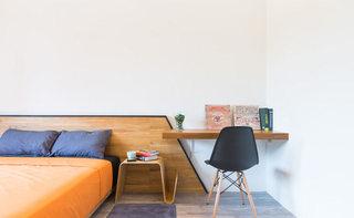 90平米现代简约个性床头柜设计图