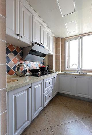 75平美式风格厨房设计效果图