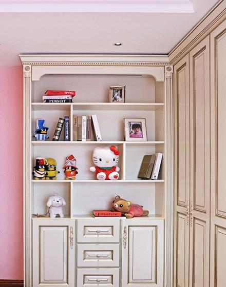 160平米三居室儿童房整体衣柜图片