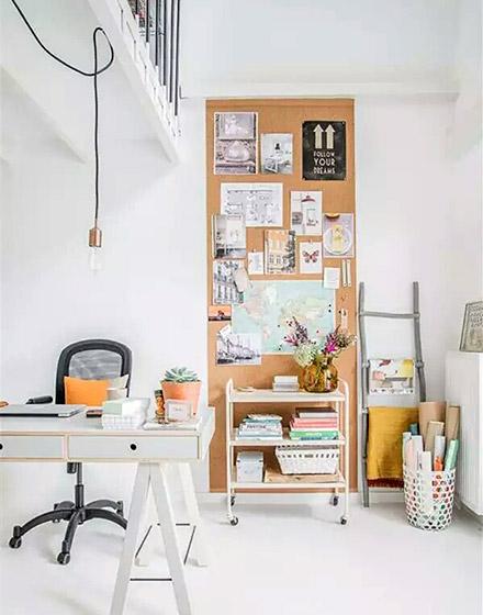 书房软木背景墙装潢图片