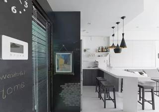 黑白灰北欧风开放式厨房设计