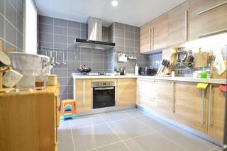 98平混搭二居室厨房橱柜设计