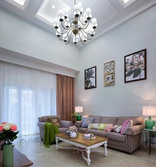 168平美式现代风格客厅吊顶装修