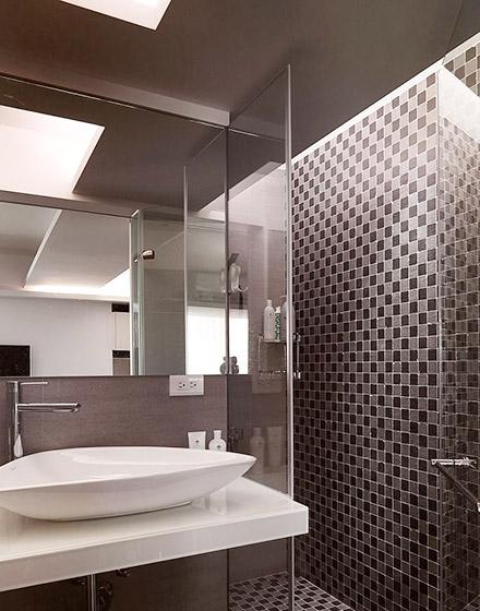 122平三室两厅次卫生间装修图