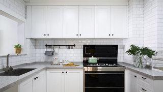 130平北欧白色明亮厨房设计效果图