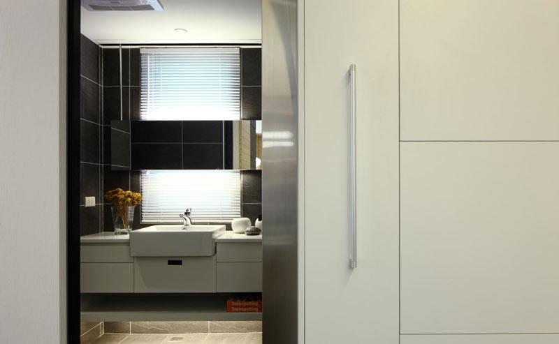 平简约五口之家厨房装修图片