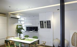 72平简约五口之家餐厅吊顶效果图