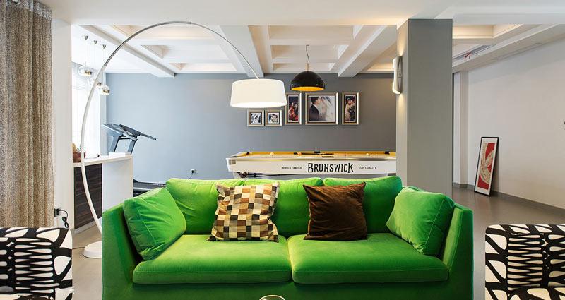 混搭风客厅 绿色懒人沙发效果图