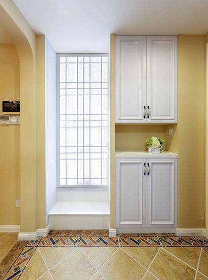 舒适简美式玄关鞋柜设计