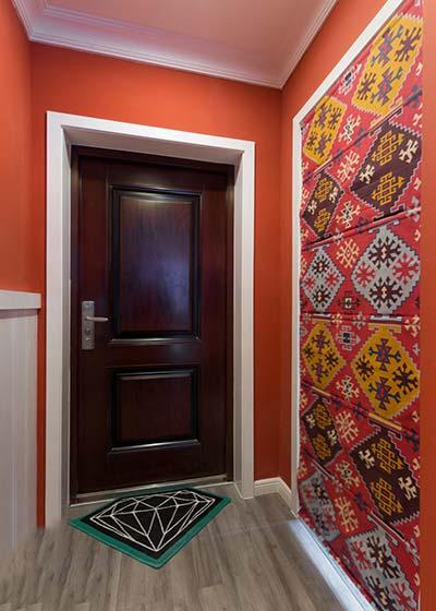 红色玄关设计布置图片