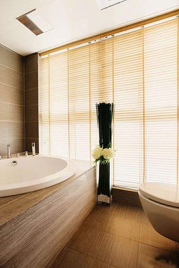 温馨暖色调简约风浴室效果图