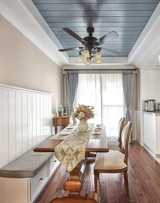 138平美式风格餐厅装潢设计图