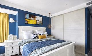 138平美式三居室卧室衣柜效果图