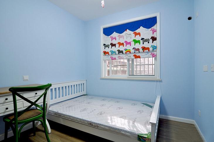 清新天蓝色美式儿童房设计