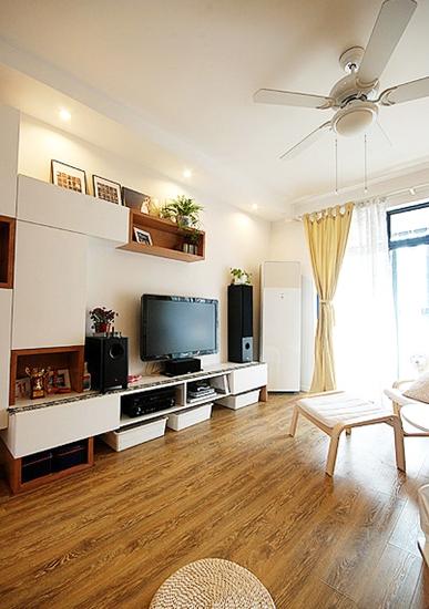宜家风格客厅实木地板装饰图