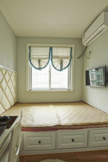 温馨简美式 榻榻米小卧室效果图