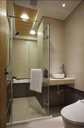 温馨简约日式 卫生间淋浴房效果图