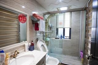 时尚简美式卫生间 淋浴房隔断设计