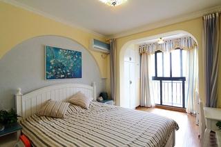 温馨地中海风情卧室效果图
