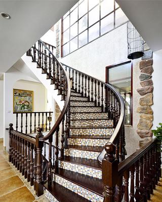 豪华乡村美式别墅 实木楼梯效果图