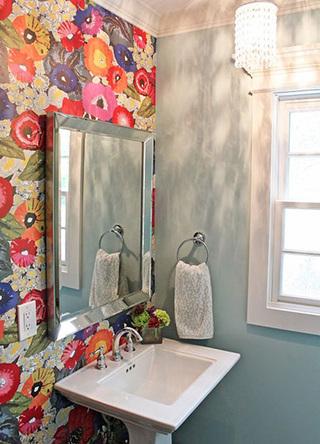 卫生间壁纸实景图片