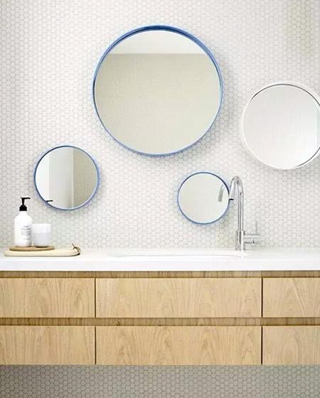 卫生间组合镜子效果图
