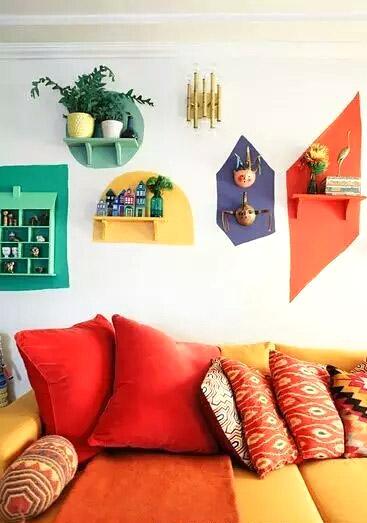 另类几何图案沙发背景墙