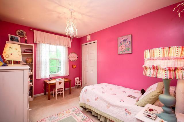 粉色系卧室装修效果图