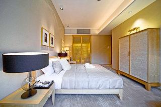 现代混搭卧室设计平面图