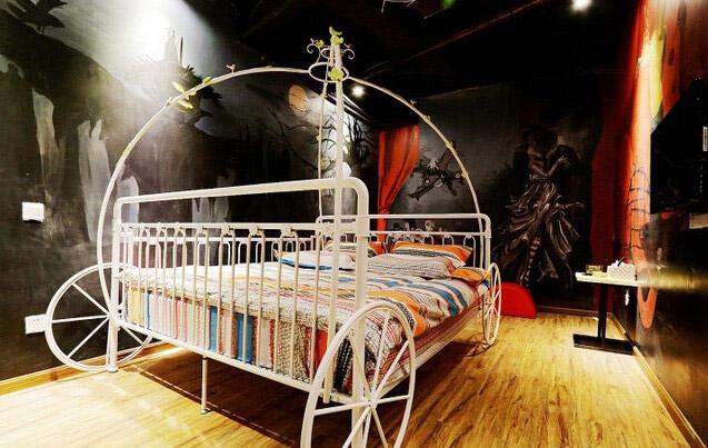 童话主题酒店房间装修