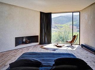 卧室落地窗设计布置图