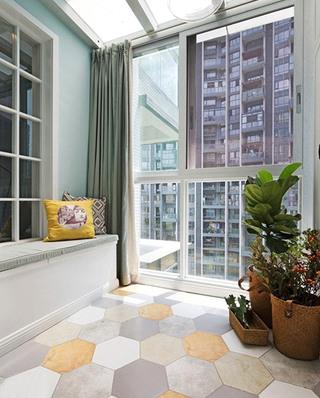 130平北欧风格三居阳台实景图