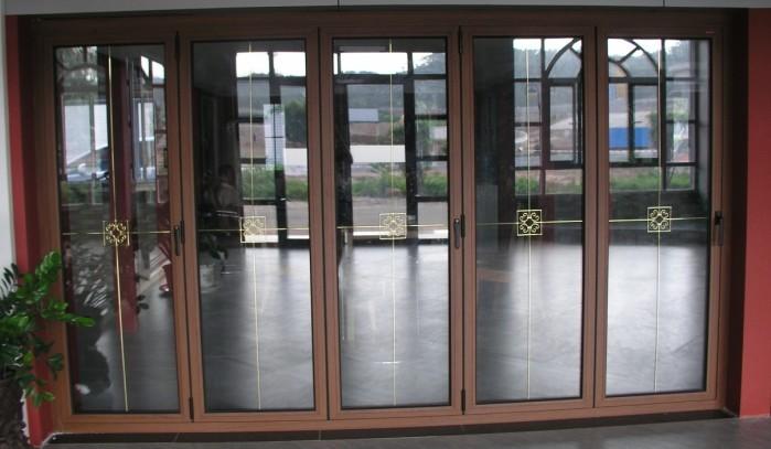 铝合金折叠门