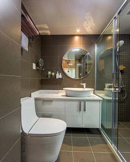 140平简约三居室卫生间效果图