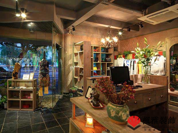 合肥服装店装修 装修设计风格分类橱窗展架设计