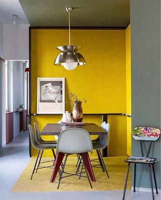 简约混搭风餐厅 柠檬黄背景墙设计