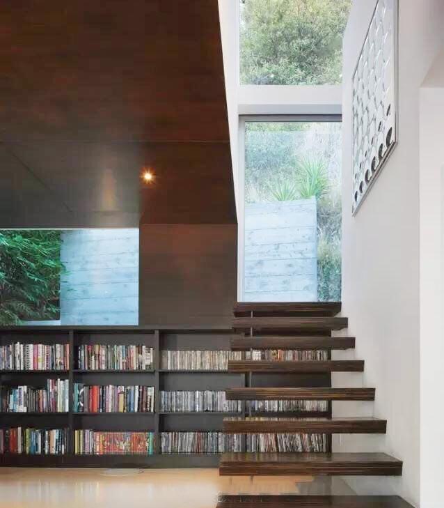 楼梯空间收纳布置摆放图