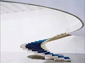 通天之路  10个创意楼梯设计欣赏图