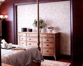 欧式风格三室两厅装修卧室展示柜