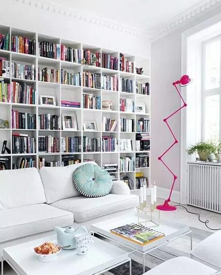 沙发背景墙书架装饰图片