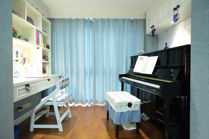 清新美式琴房 天蓝色窗帘效果图