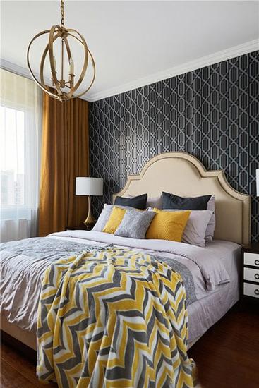 法式格调卧室 黑色图案背景墙设计