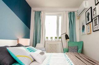 清新北欧风卧室 薄荷绿窗帘设计