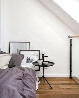 阁楼公寓床头茶几设计图