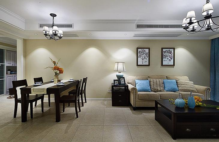 美式风格三居装修客厅地板砖装修