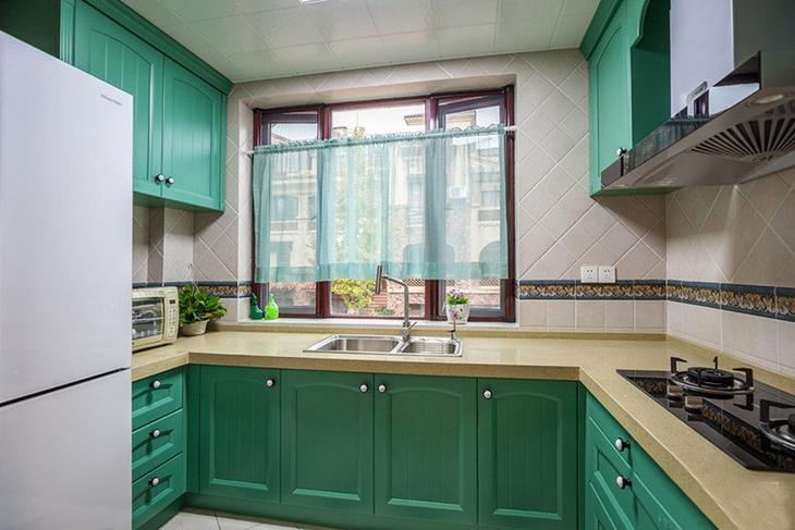 美式田园风厨房 铬绿色橱柜效果图