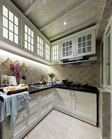 欧式田园风厨房橱柜效果图
