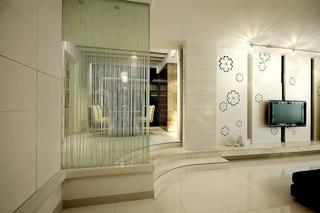 简约风格婚房装修玻璃隔断图片